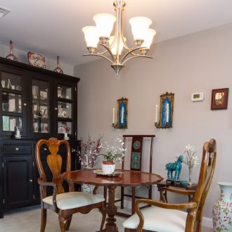 The dining table in the Laurel floor plan at Ardenwoods.